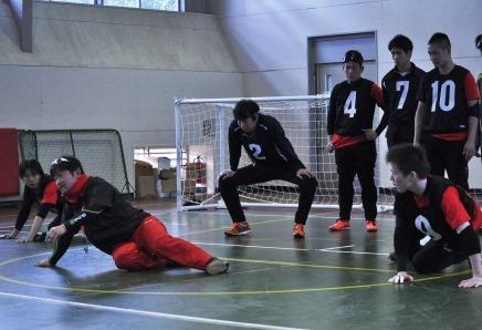 日本代表チームの強化合宿。新ルールへの対応も検討。