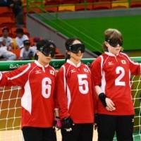 日本チーム(右から)欠端選手、浦田選手、安達選手