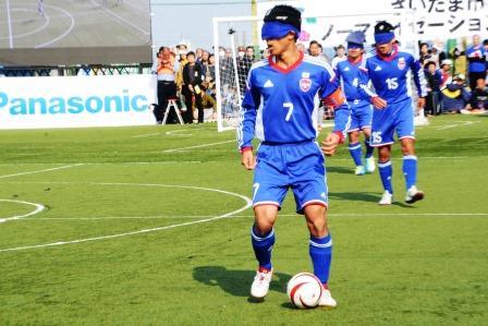 キャプテンの川村怜選手。MVPを獲得したブラジルのハイムンド・メンデス選手は、印象に残った日本の選手として5番の黒田選手、7番の川村選手を挙げた。