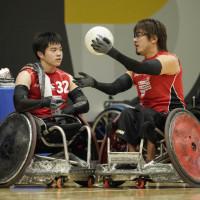 橋本選手(左)と池崎選手(右)