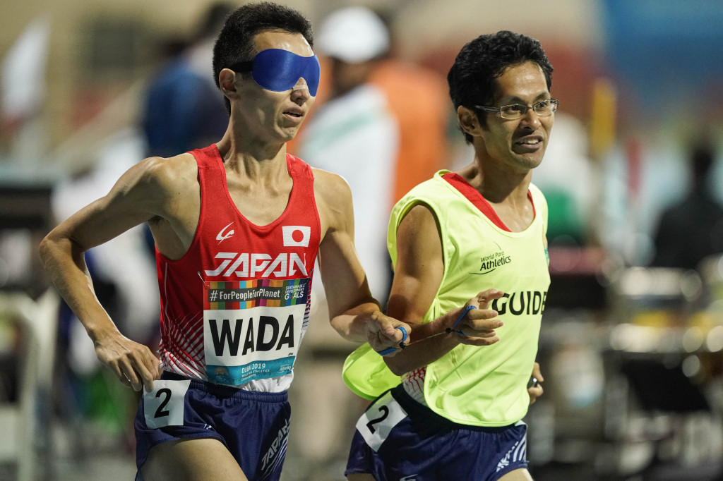 和田伸也選手(T11クラス)とガイドの中田崇志さん(2019パラ陸上世界選手権) (写真提供:小川和行)